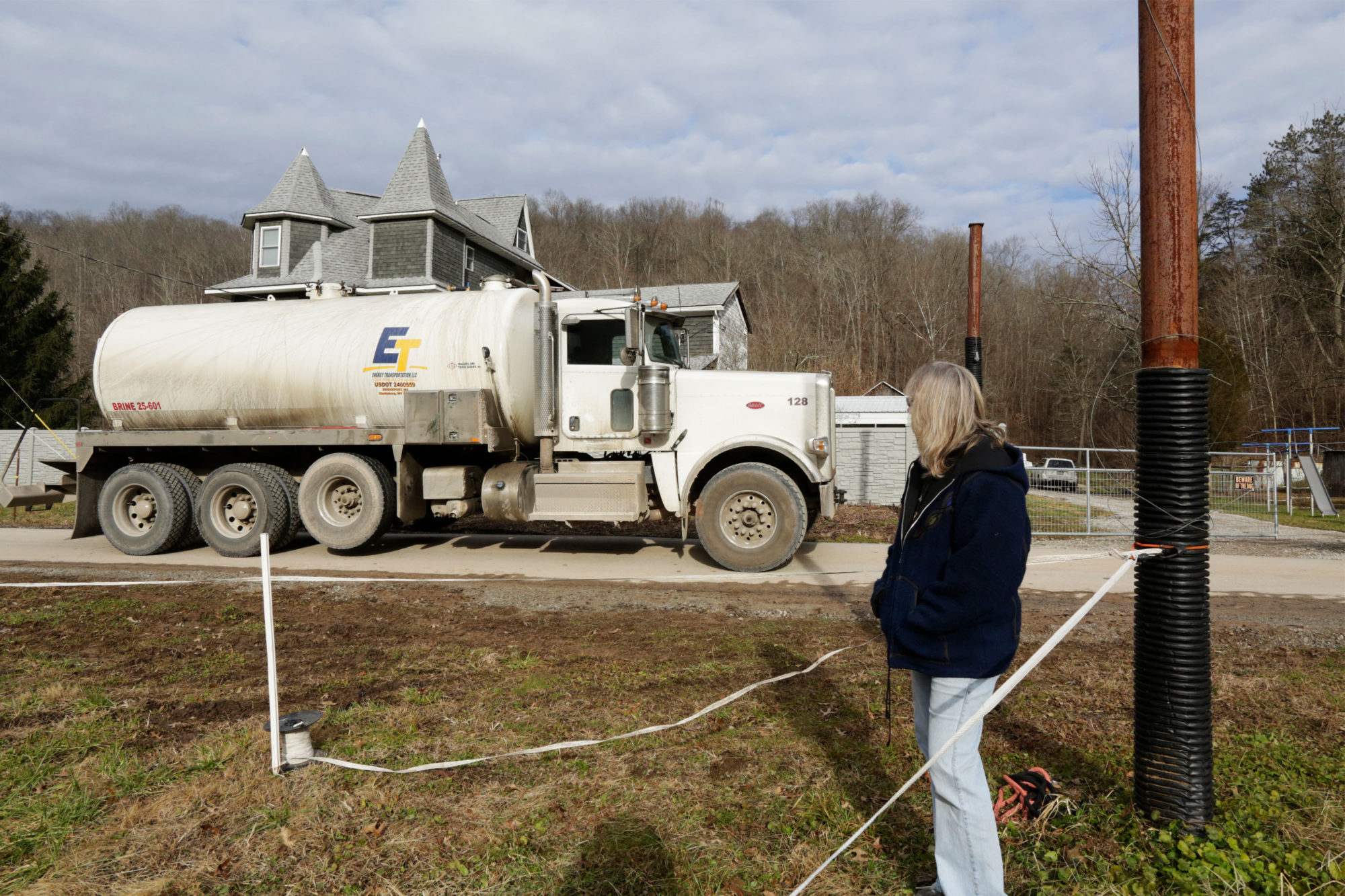 Residents Say Natural Gas Production Is Marring West Virginia. And the Legislature Isn't Doing Anything About It.