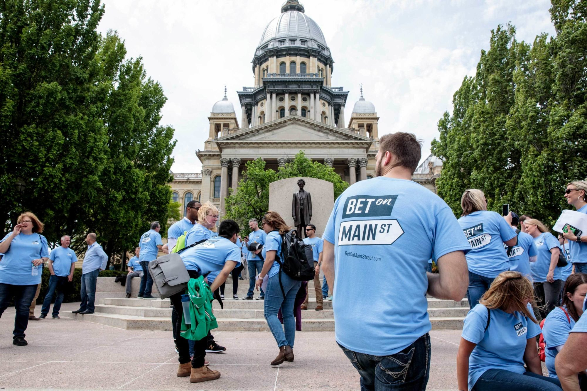 Illinois Video Gambling Tax Hike Will Be Decided by Lawmakers With Financial Ties to the Industry