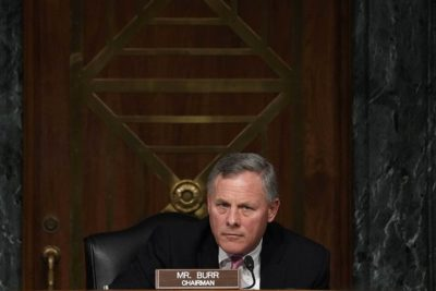 Sen. Burr Faces DOJ Investigation for Selling a Fortune in Stocks Right Before the Market Crashed 3