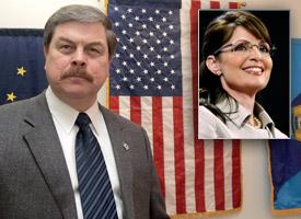Walter Monegan and Sarah Palin, inset (Credit: Al Grillo/AP Photo, Chip Somodevilla/Getty Images)