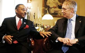 Reportedly soon-to-be-U.S. Senator Roland Burris and Senate Majority Leader Harry Reid (WDCPIX file photo)