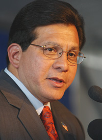 Alberto Gonzales (Chris Graythen/Getty Images)