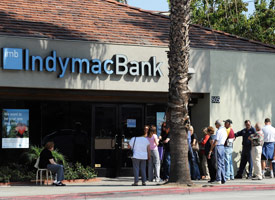 Customers line up in front of an IndyMac Bank branch after it suffered one of the biggest bank closures in U.S. history (Credit: Bariel Bouys/AFP/Getty Images)