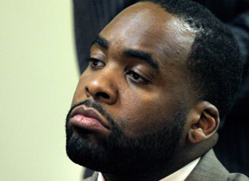 Mayor Kwame Kilpatrick will be spending the night in jail after violating the conditions of his bail. (Credit: Bill Pugliano/Getty Images)