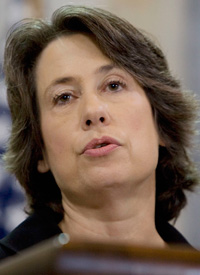 FDIC Chairwoman Sheila Bair (Larry Downing/Reuters)