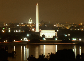 Congressmen on Capitol Hill stripped the economic stimulus bill of $200 million for Washington's National Mall. (Wikimedia Commons)