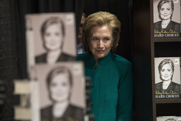 All the Things Hillary Clinton's Book Doesn't Say About Iraq ...