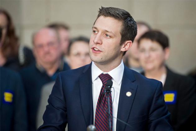 In Nebraska, New Bill Proposes Protections Against Rampant Debt