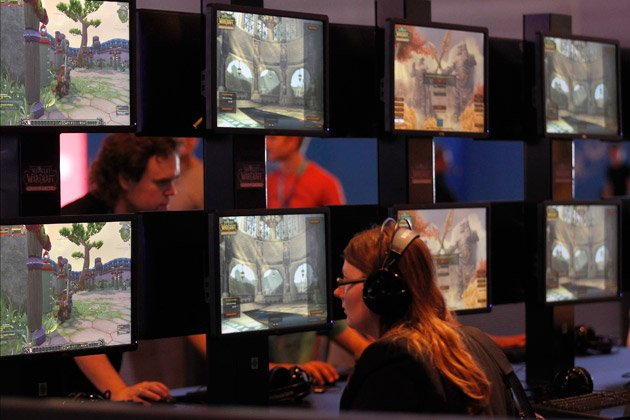 Exhibition Stand Game : World of spycraft nsa and cia spied in online games