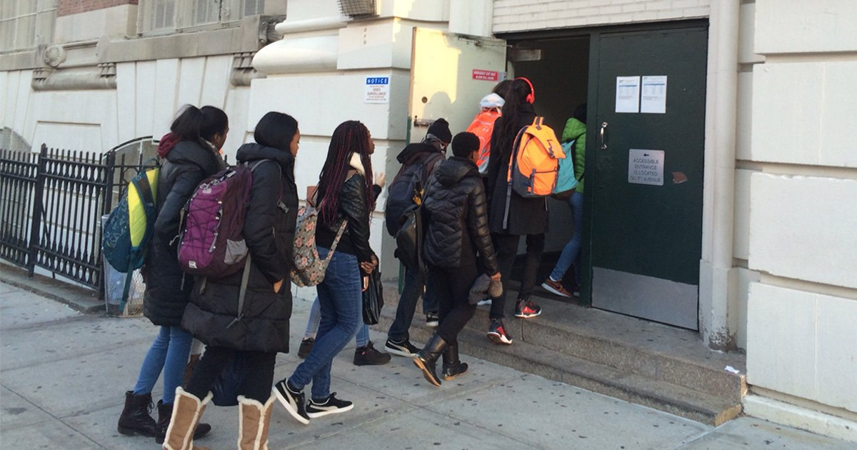 100, 000 NYC School Children Face Airport-Style Security ...